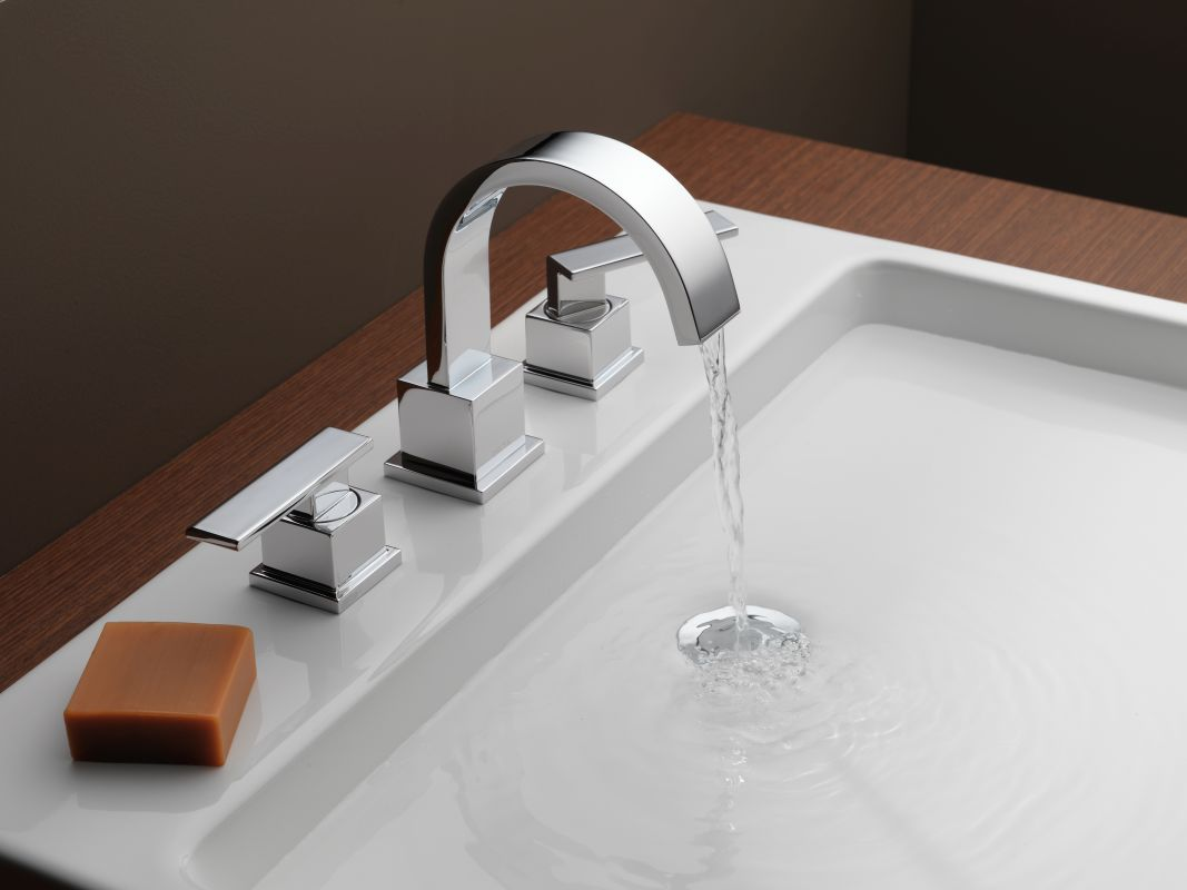 Bathroom Fixtures At Efaucets Com: 3553LF In Chrome By Delta