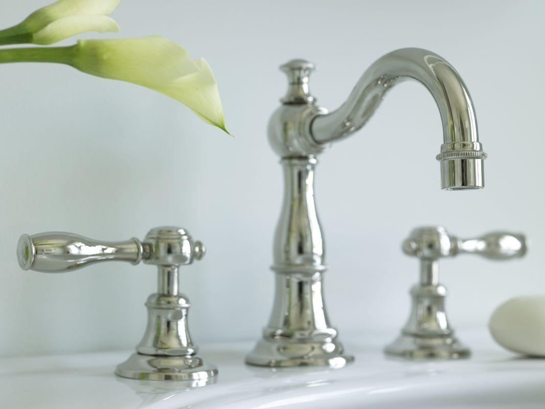 Antique Faucets : /06 Antique Brass Victoria Double Handle Widespread Lavatory Faucet ...