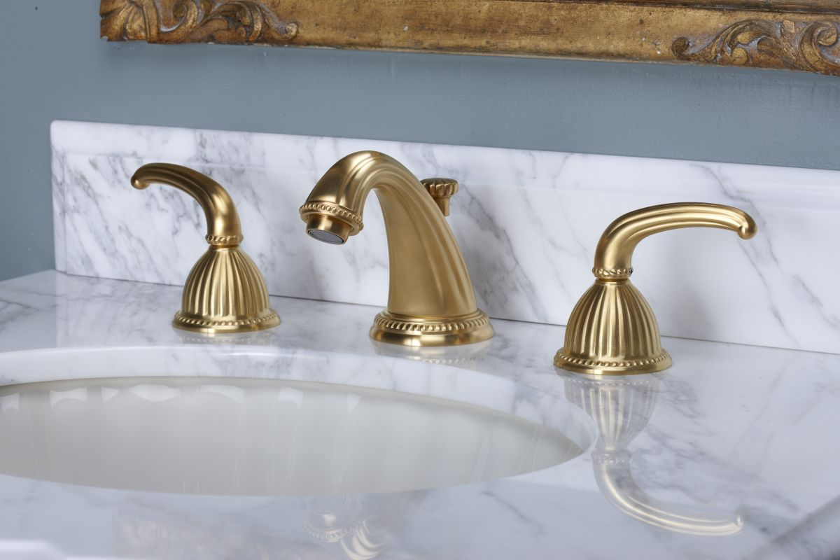 Antique Brass Bathroom Faucet Viewing Gallery